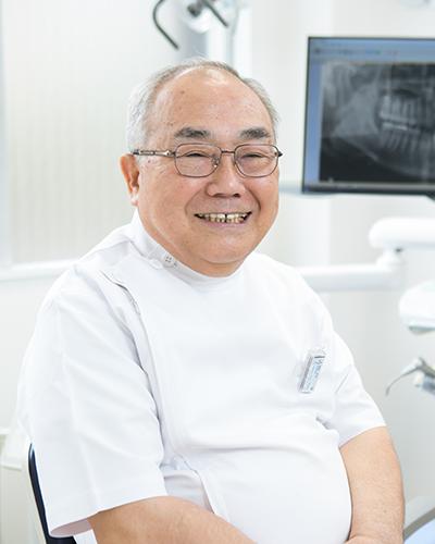歯科医師 浮地 文夫